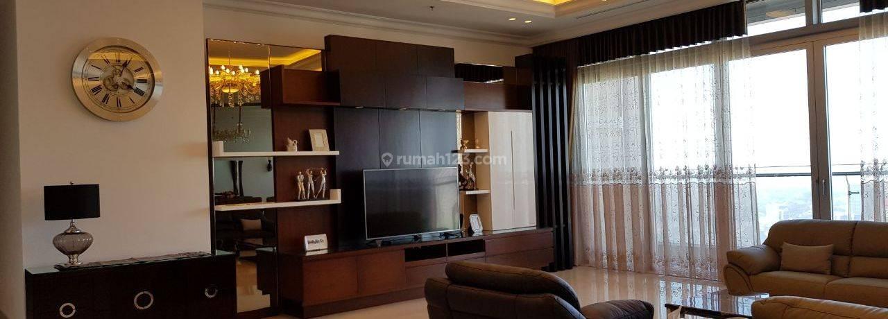 Apartemen Mewah Raffles Ciputra Furnished Bagus 4 BR Siap Hun