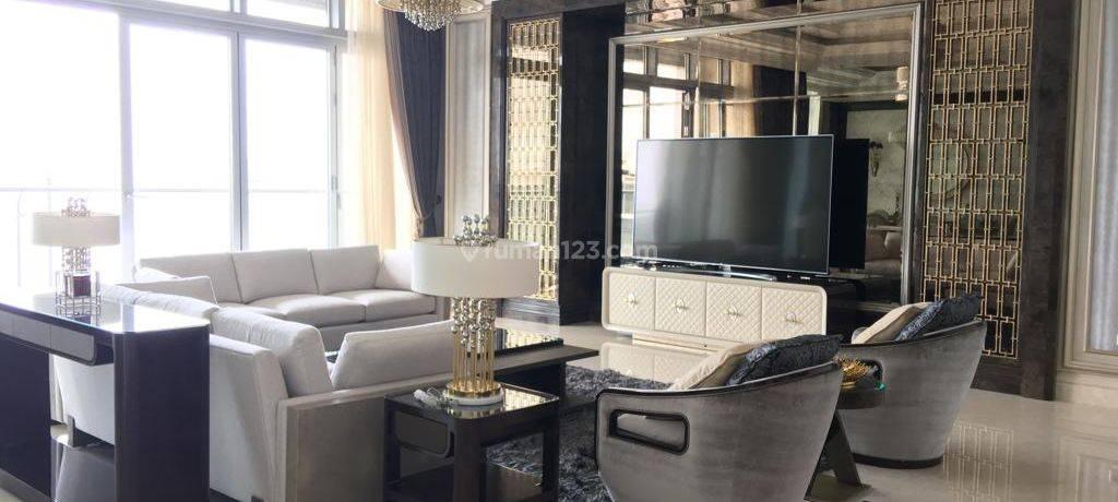 Apartemen Raffles Ciputra Lantai Tinggi Semi Furnished