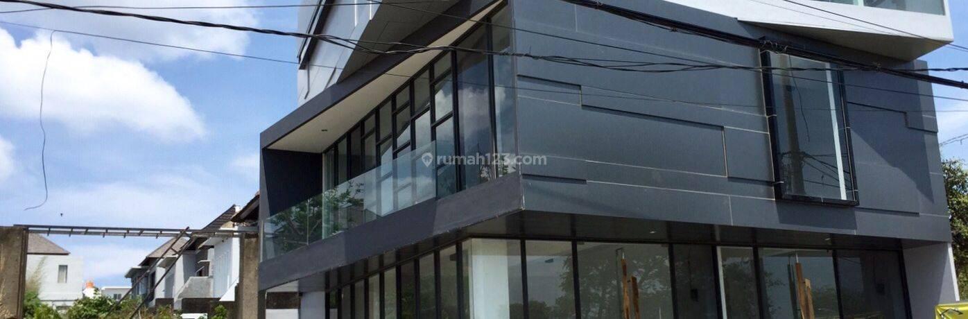 Ruko Tiga Lantai design Minimalis Modern,di Jalan Protokol Jimbaran