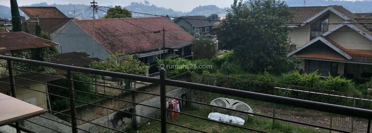 Ruang Usaha cocok tempat nongkrong,  view Lembang