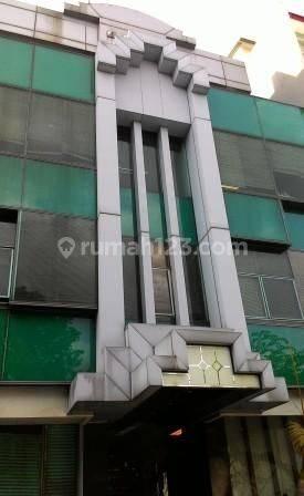 Gedung mini di Guntur, Setiabudi; Jakarta Selatan