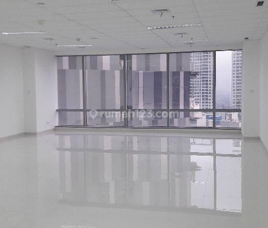 Soho Capital 139m2 semi furnish(floor ceiling lamp) survey available minim 1 tahun