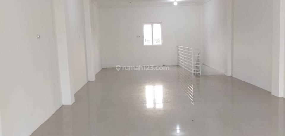 Ruko Kemang, unit bagus, 2 lantai, parkiran luas