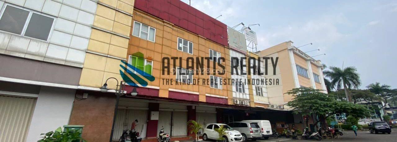 Ruko Gandeng 3 di Kompleks Ruko Golden Boulevard BSD City Tangerang