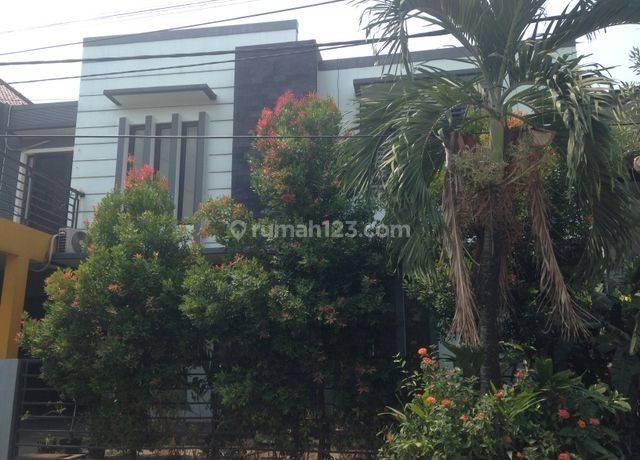 Rumah minimalis dan nyaman di Bintaro