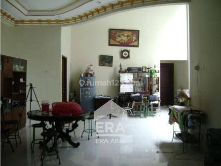 Rumah mewah dengan tanah luas di Candi Prambanan Manyaran