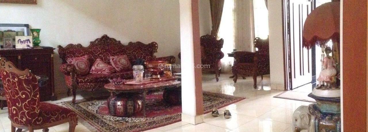 Rumah Menteng Residence Asri dan Nyaman di Bintaro