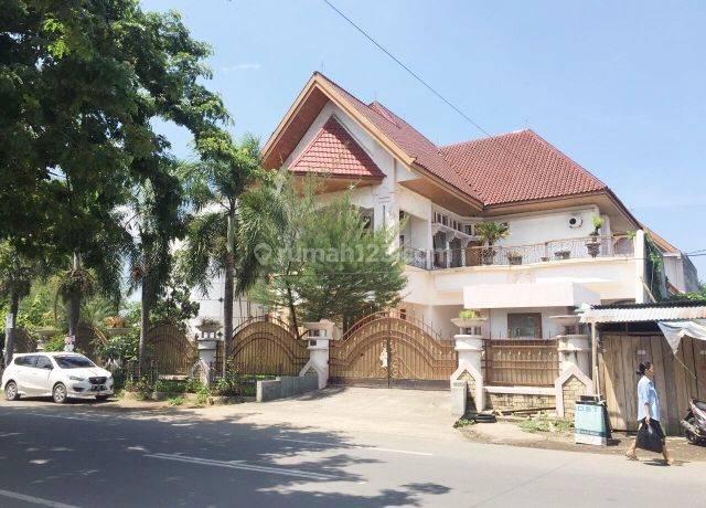 Rumah Mewah jln Cendrawasih poros