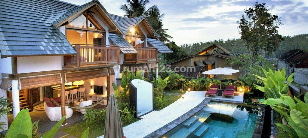 Beautiful 2 Bedroom Villa on 300 sq m of Leasehold Land  10 Minutes South of Ubud