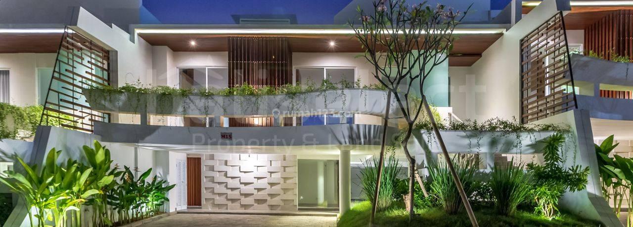 Brand New Modern Villa Complex  In Ungasan Bali – M15