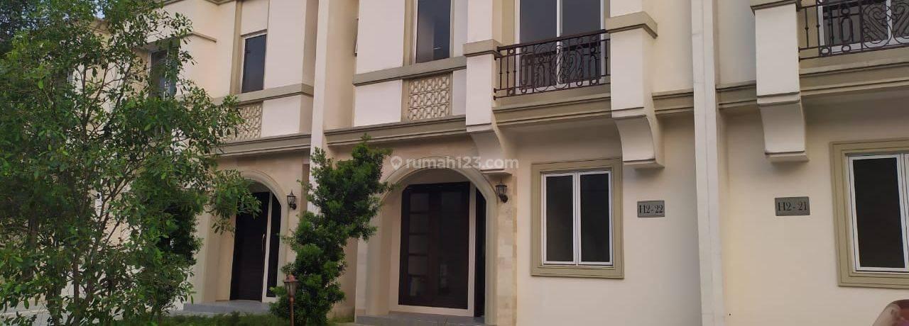 Rumah baru di cluster exclusive BSD,  Full AC,