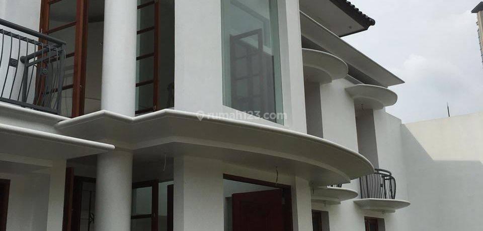 BRIGHT AND BEAUTIFUL HOUSE AT SENAYAN
