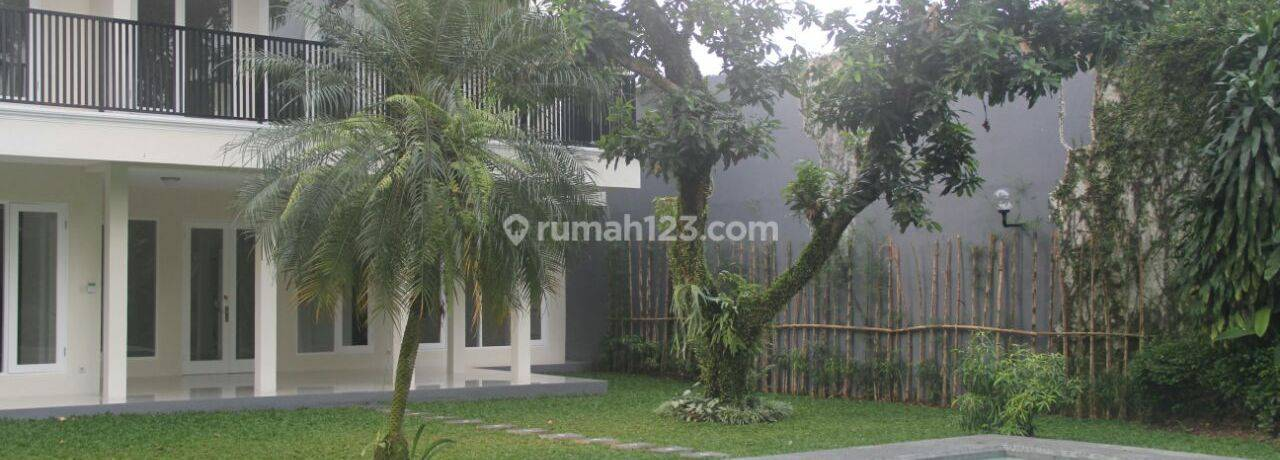Excellent House, Stylish with HUGE Back and Front Yard in Cipete