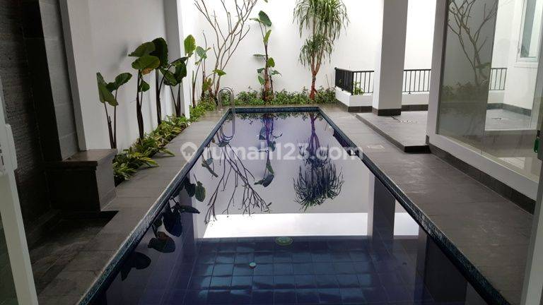 Brand New and ModernTownhouse in Kemang