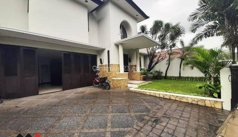 Rumah Layak Hunik di Kemang, Jakarta Selatan