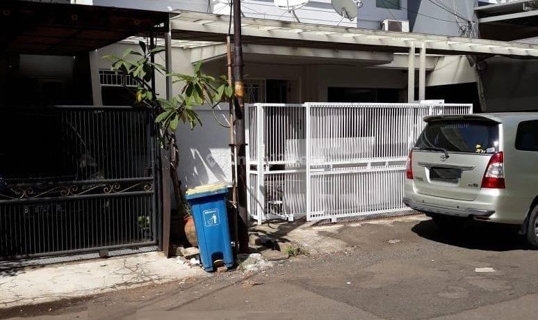 Rumah 2 Lantai Gading Kirana Barat