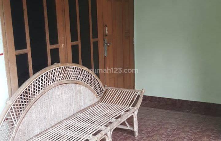 Rumah Lama Siap Huni Dekat MRT Fatmawati Raya