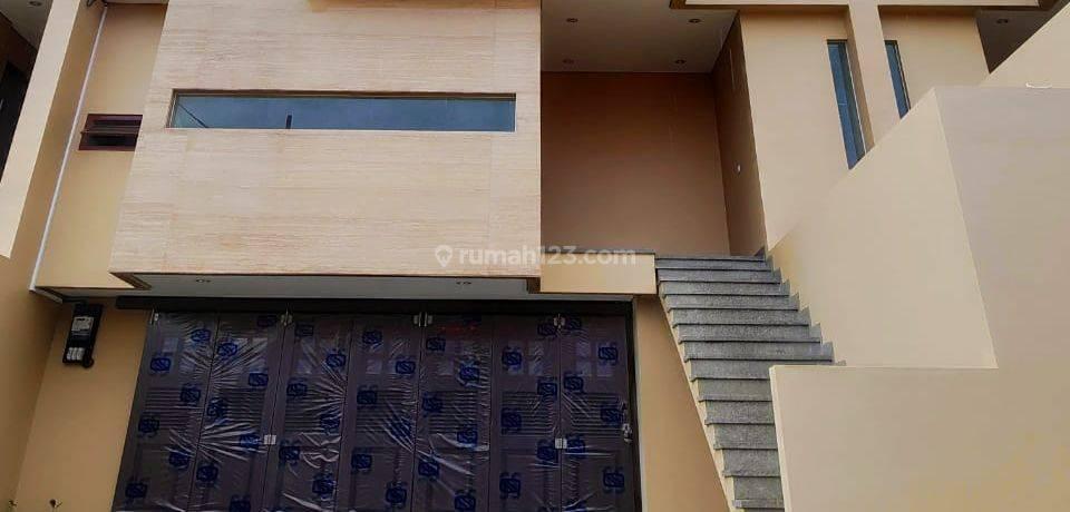 Rumah Baru MEWAH 3 Lantai CLUSTER STRATEGIS Di PEJATEN Barat Dekat Penvil Jaksel