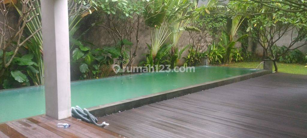 Beautiful, big, and comfortable house at Kemang, South Jakarta, is available now
