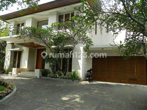 Beautiful House Like Resort With Modern Style and Beautiful Garden in Pejaten Barat Area