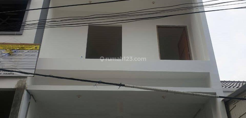 ANA* Rumah Baru uk 5x15m, 3,5 lantai di Jelambar