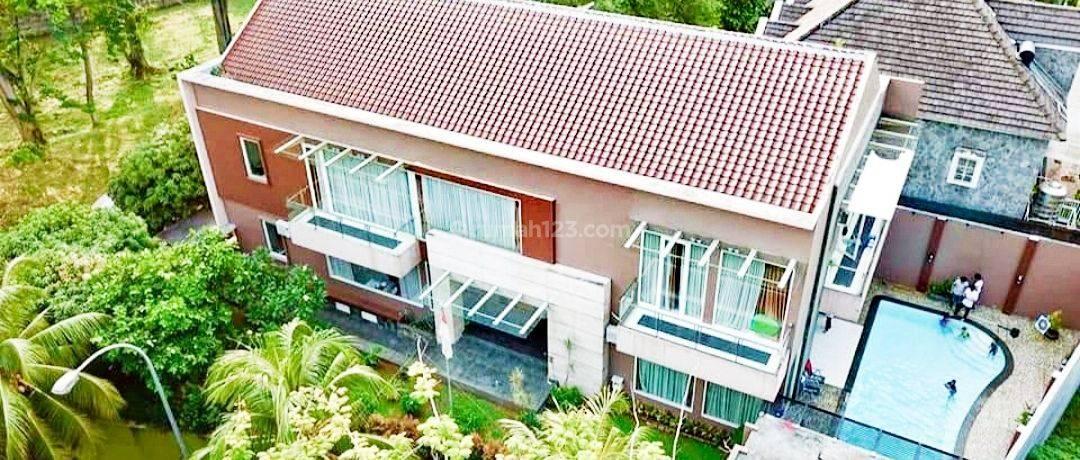 Rumah Bangun Mandiri  Interior Modern Mewah di BSD