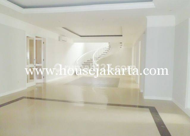 Brand new  House for lease at Kemang nice and modern house