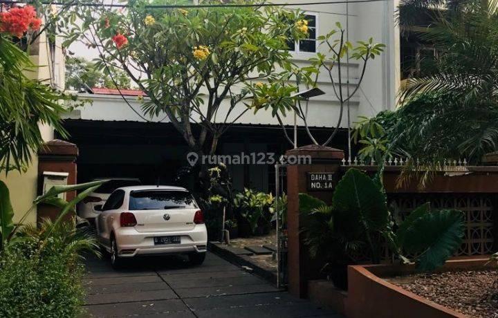 Rumah strategis sekali dekat Plaza Senayan Jaksel