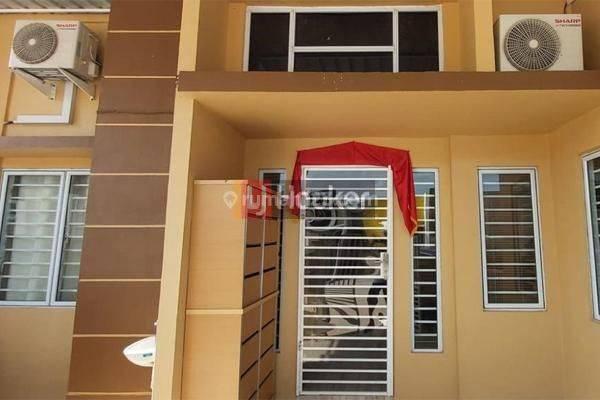 Glory Tanjung Riau Rumah 2 Unit Full Renovasi