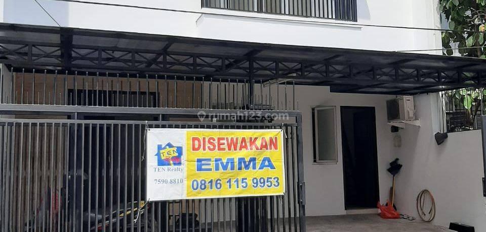 Rumah 2 lantai di Pondok Indah, Jakarta Selatan
