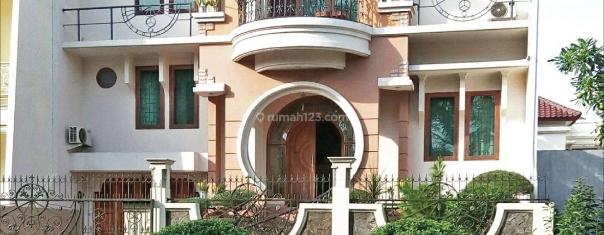 Rumah  Kelapa Gading Kusuma Raya GKI, Kelapa Gading, Jakarta Utara