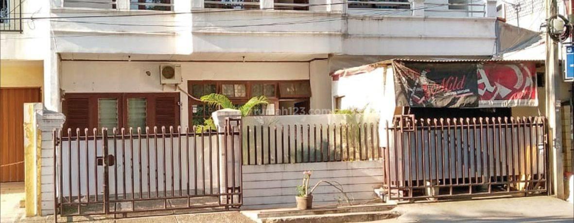 Rumah Kelapa Cengkir Raya Kelapa Gading, Jakarta Utara