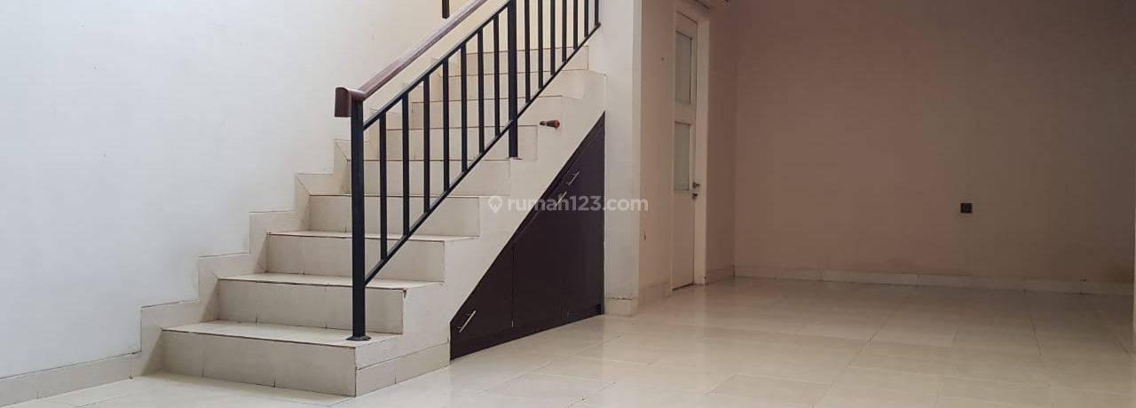 Rumah 2 lantai di Graha Raya Bintaro Jaya