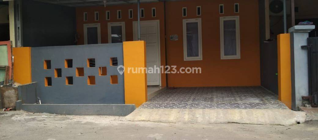 Rumah second full renovasi di Pondok benda Pamulang Tangerang selatan