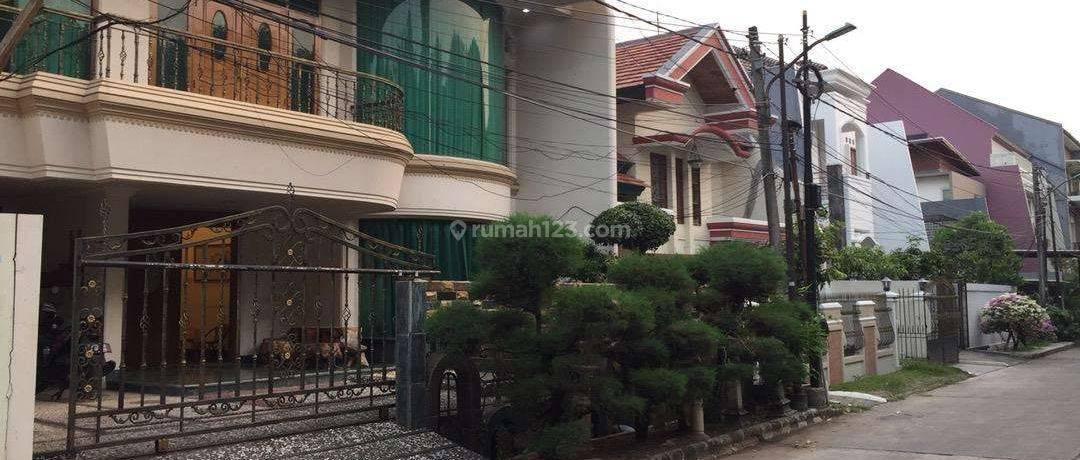 Jakarta Barat Rumah besar dan mewah daerah greenville bebas banjir(GR14)