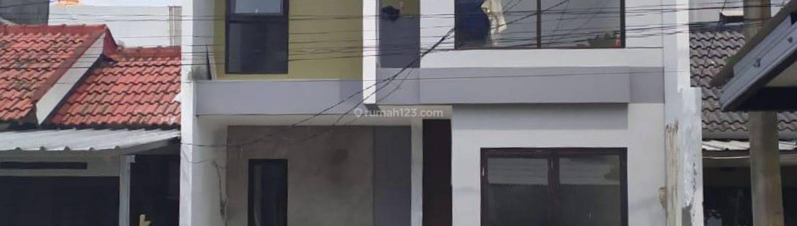 Rumah Exclusive - Desain Mandiri minimalis Industrial di Kawasan Graha Bintaro Siap huni, Siap KPR, SHM