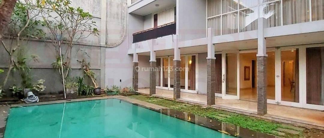 Rumah Bagus Siap Huni di Ampera, Jakarta Selatan