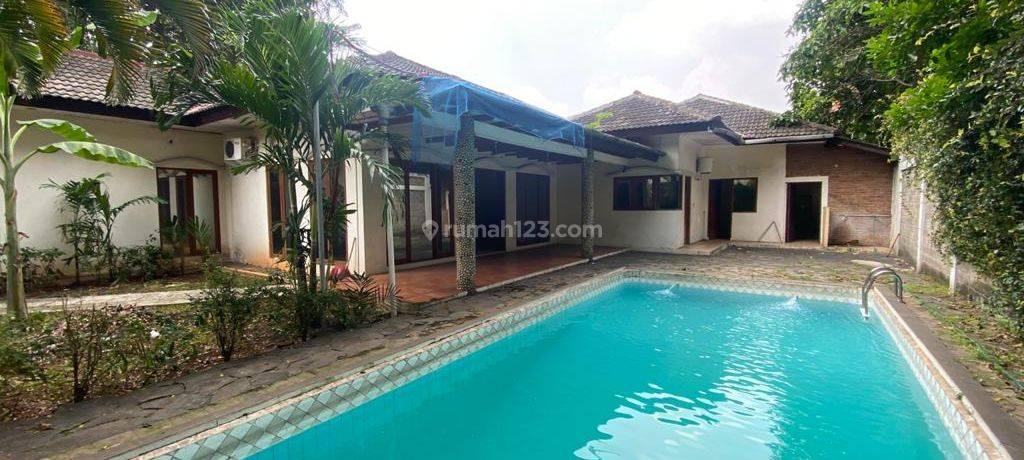 BIG HOUSE AT AMPERA AREA, JAKARTA SELATAN