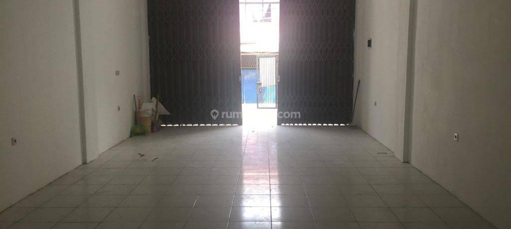 CHANDRA*rumah plong 3.5 lantai jalan lebar 2 mobil di jelambar