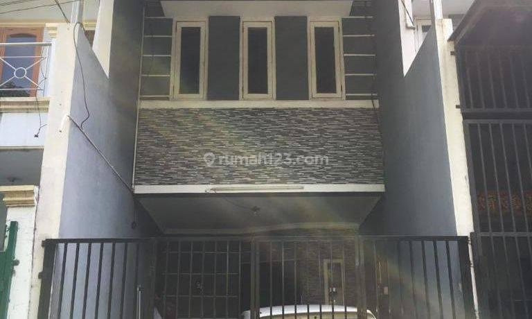 CHANDRA*rumah 3 lantai uk 3.6x16m bebas banjir d jelambar