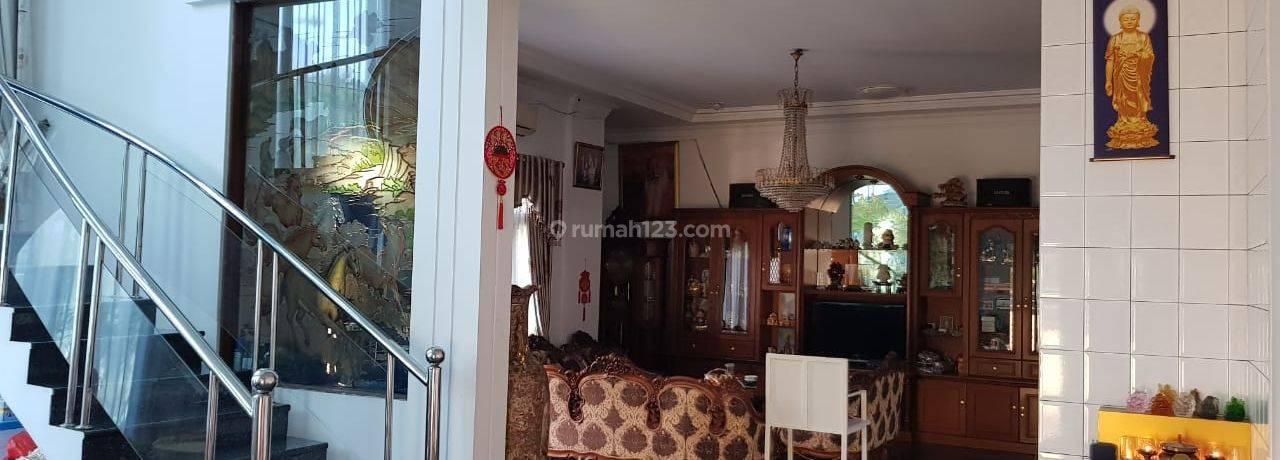 Rumah Muara Karang, 18x20, Hoek, Bagus, Siap Huni - 08.1212.560560