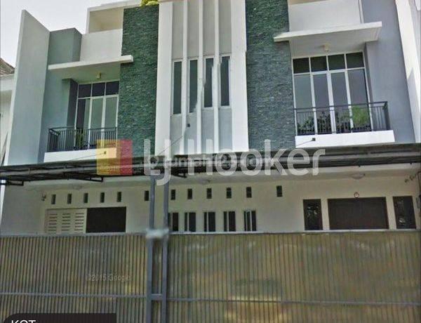 Rumah Sunter Agung Barat Sunter, Jakarta Utara