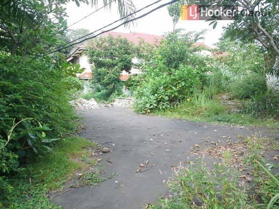 Kavling Di Taman Diponegoro