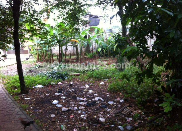 Tanah 300m2 di Jalan Sumatera, Jombang - 1km dr st. sudimara