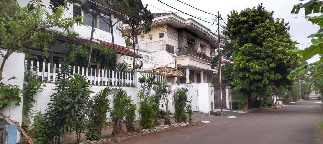 Rumah Lama HITUNG TANAH area ISTIMEWA Jl. Simprug Garden, Simprug, Jaksel