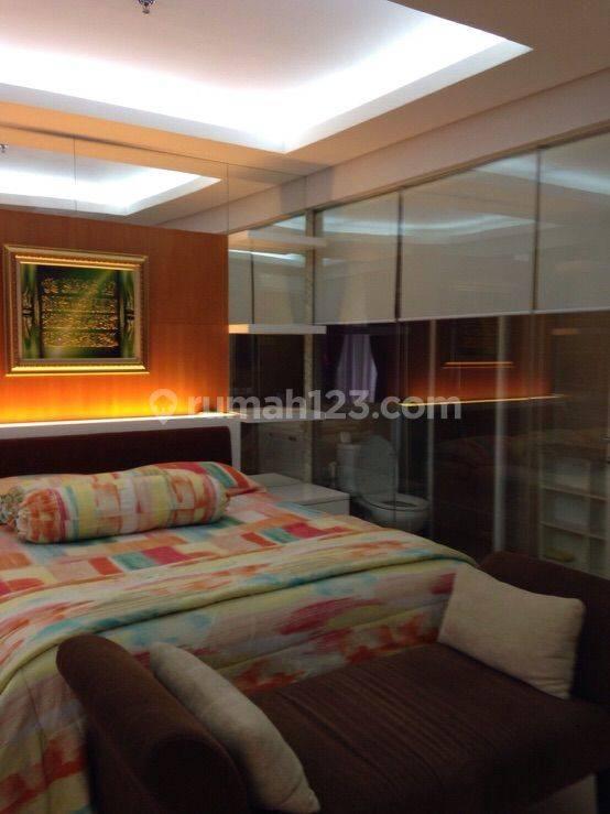 Apartemen lux fully furniahed di Pejaten