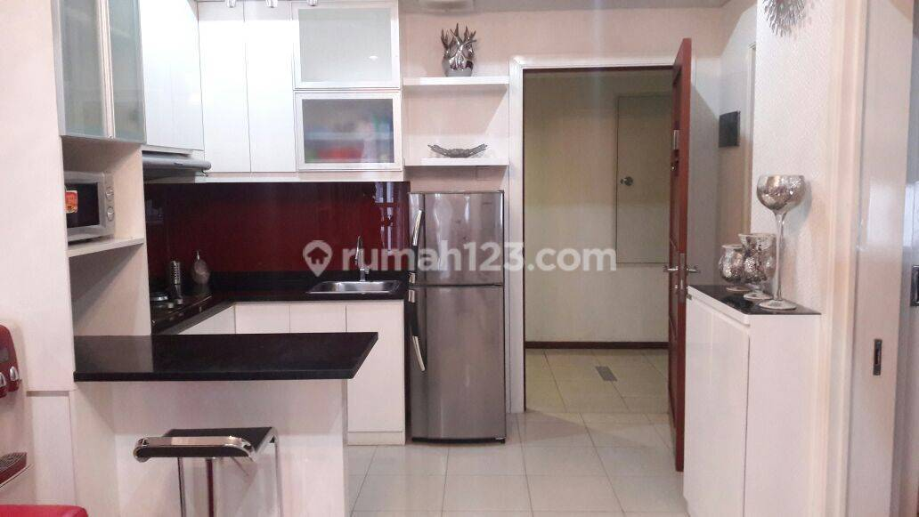APT ROYAL MEDITERANIA GARDEN FULL FURNISH INTERIOR BAGUS