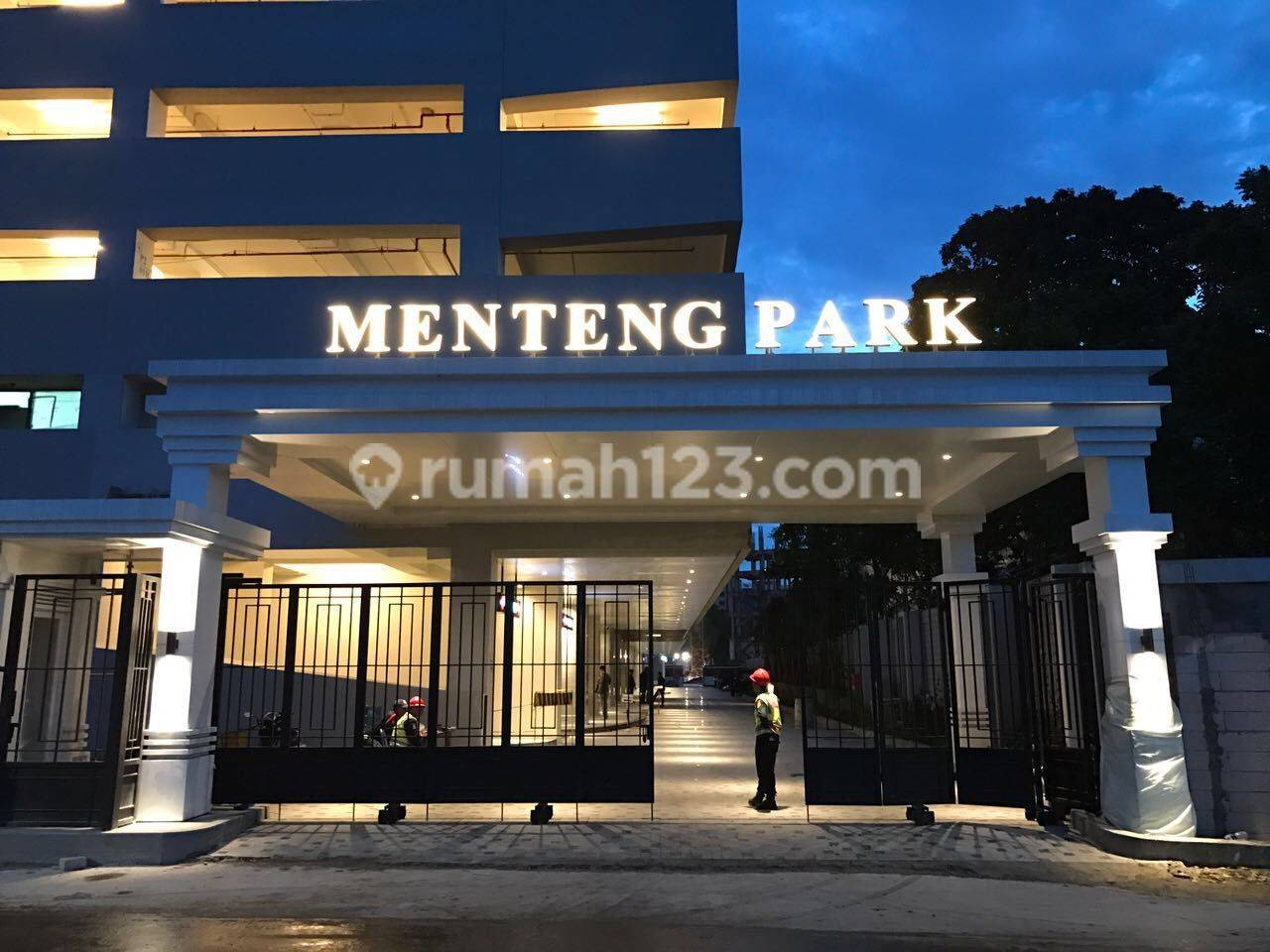 Apartemen Menteng Park  tower Diamond di Cikini Jakarta Pusat