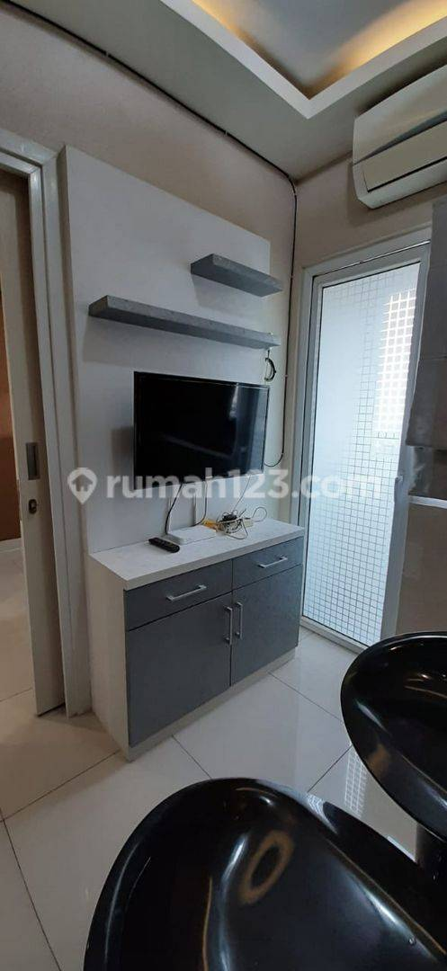 Apartemen 2Bedroom full furnish green pramuka city JakPus