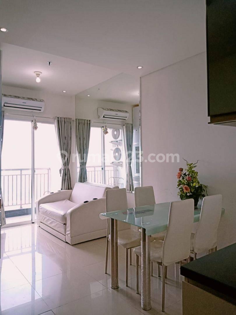 Classic minimalist: Condominium 1br Green Bay Pluit, tower Krill